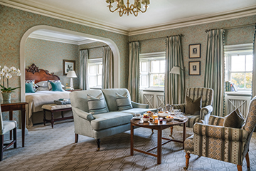 Manor House Riverview Executive King