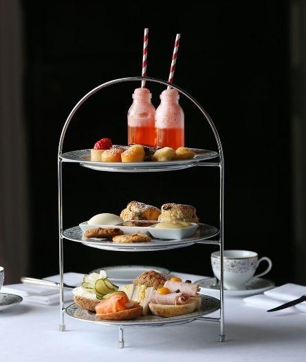 Mount - Afternoon Tea